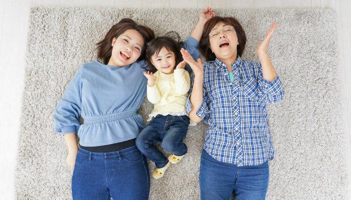 シングルマザーが実家暮らしをすると甘えてしまう!?その実態とは?